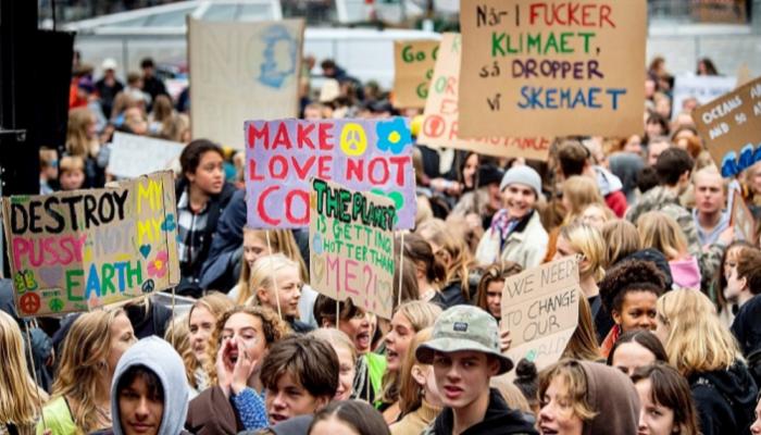 السويد تحث المواطنين على الاحتجاج الافتراضي أثناء جائحة كورونا