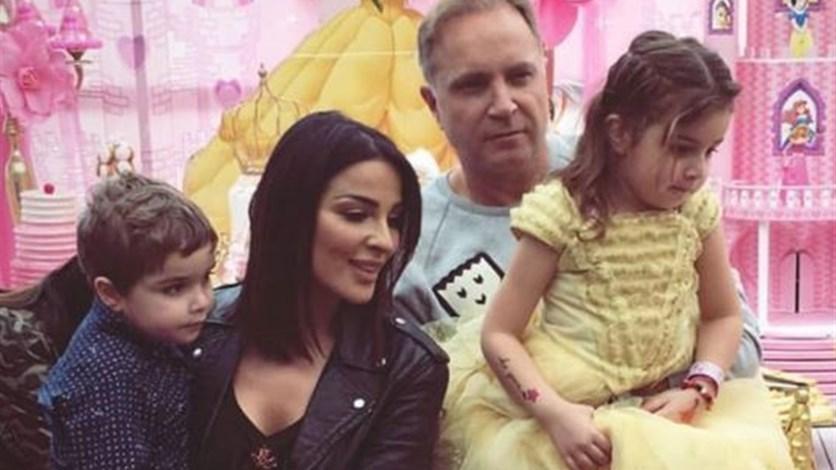 نادين نسيب نجيم تنقل جمال طبيعة لبنان لمتابعيها وتنشر صورها برفقة طفليها